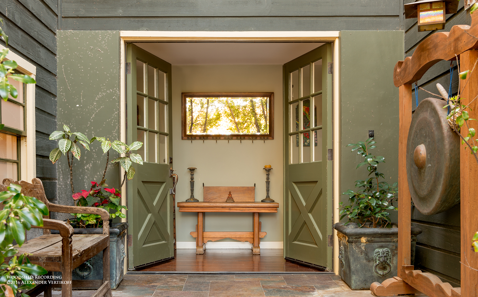 studio-malibu-woodshed-recording-studio-best-recording-studio-malibu-home-entrance.jpg