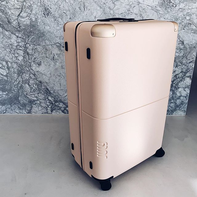 Holiday booked ✔️ Stylish new luggage organised @july. Have you EVER seen such stunning luggage?!!! The quality in this suitcase is just beyond and the colour is 😍. Make sure you check them out if you're travelling. I'll post a story showing you this case in detail tomorrow. 💯💗 #getjuly #holidaymode #travelinstyle
