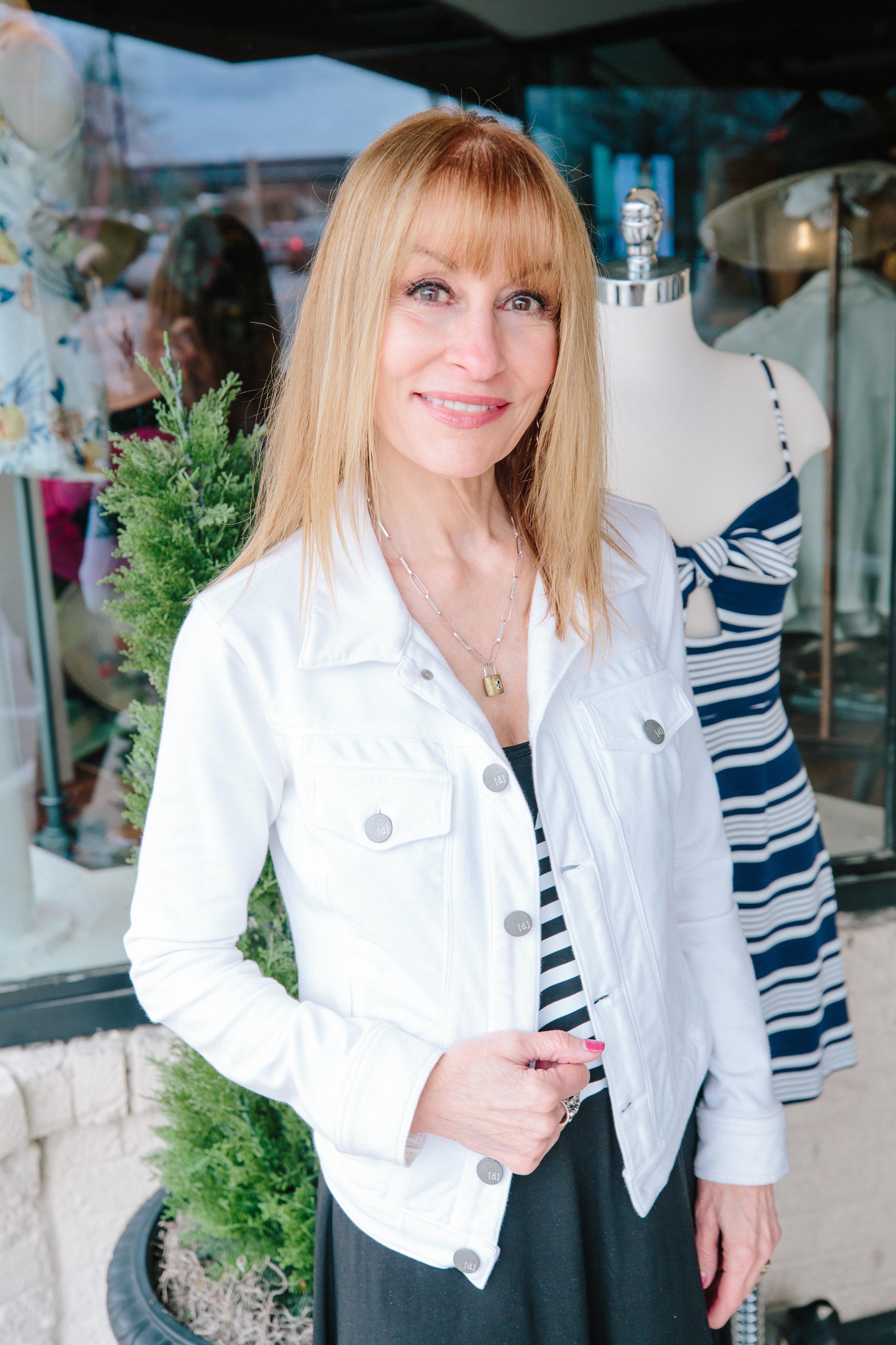 Stacey Rhodes Boutique by Daniel Chaney-9.jpg
