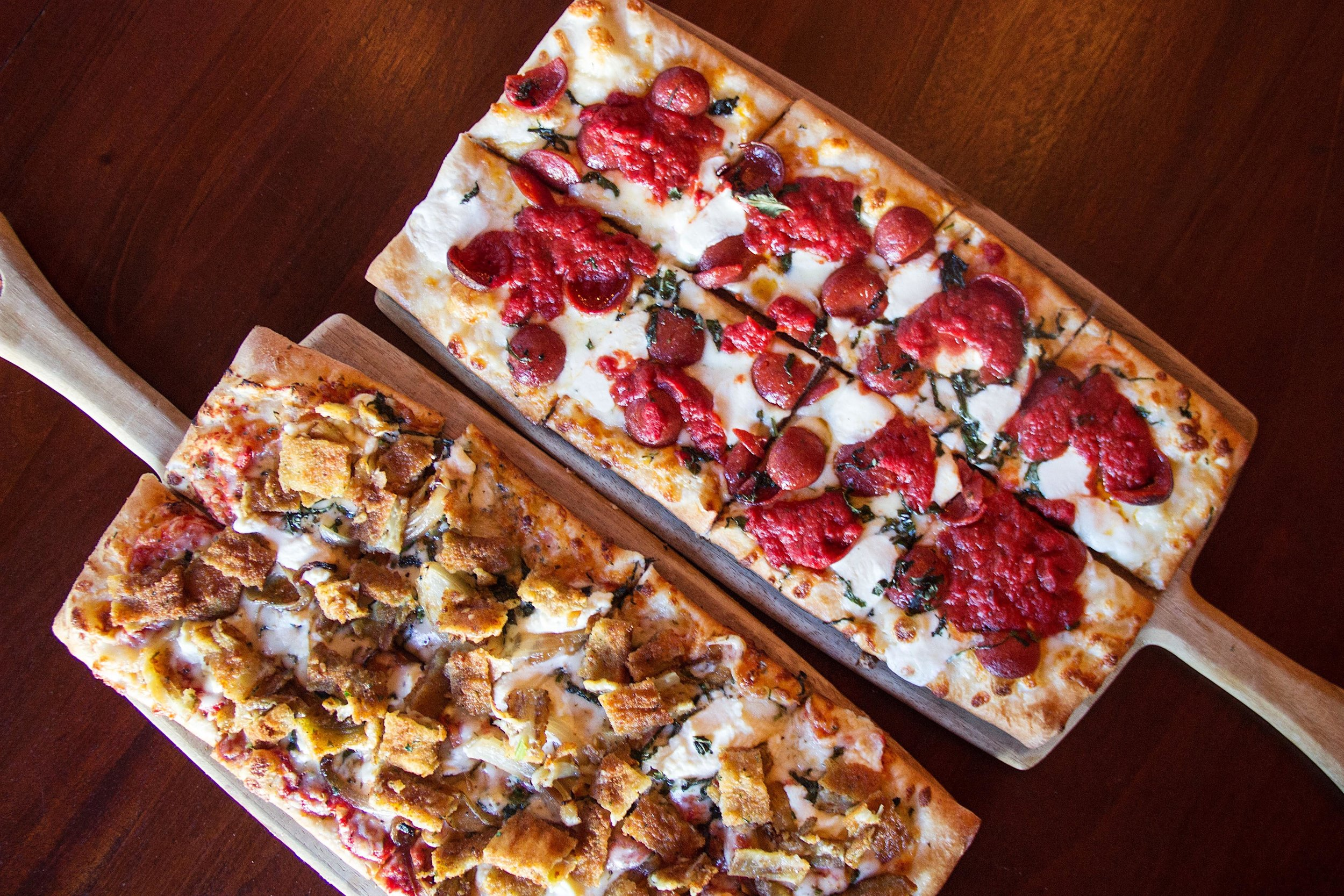KELLY O'BRIEN & AMY'S RONI FLATBREADS