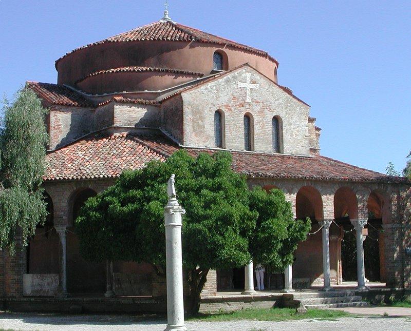Torcello_Chiesa_S._Fosca_2.JPG