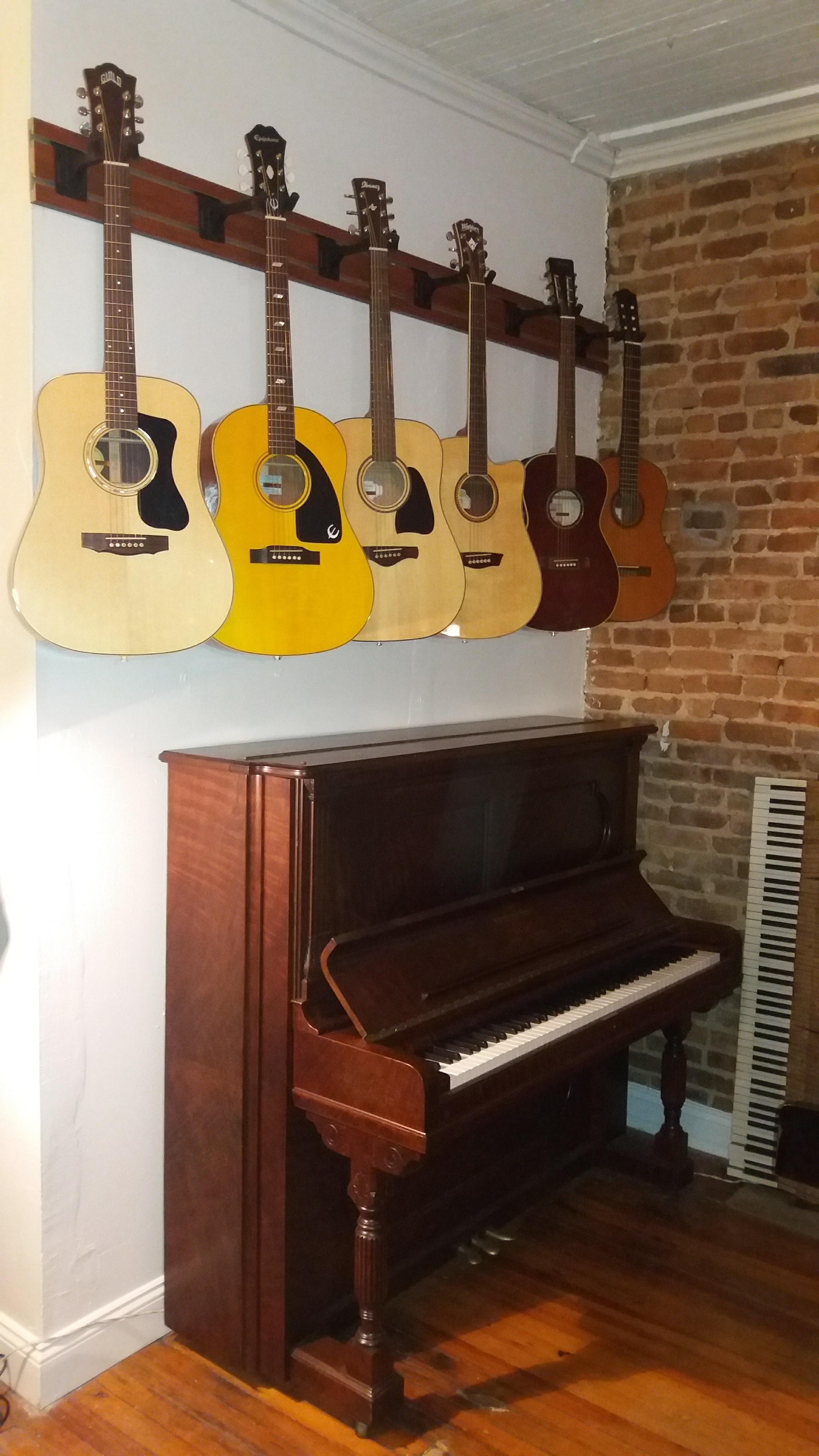 Brooklyn Fine Guitars