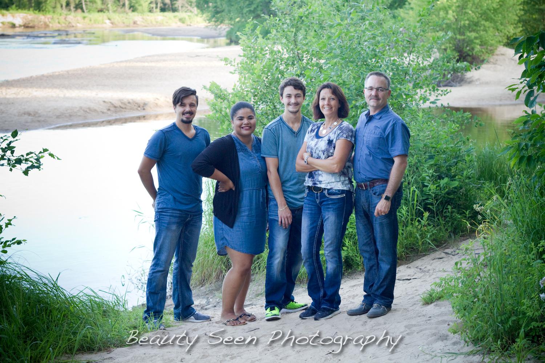 Fall Creek Family Session