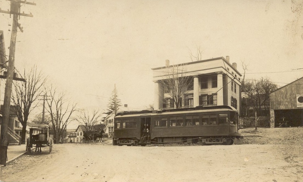 Center-of-town-with-trolley.jpg