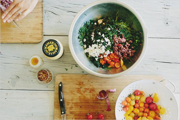 Shredded Kale Salad w/Tomatoes, Olives and Feta