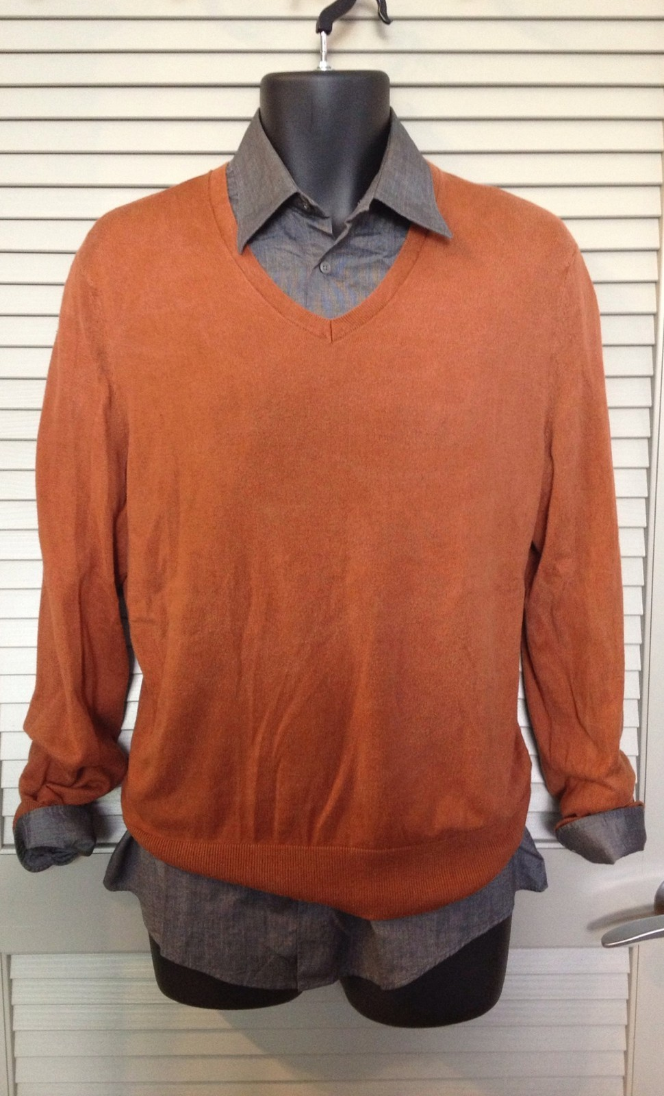 BananaRepublic Rust Sweater    Click the pic to purchase and  enable sustainable food communities in Oakland !    Enjoy!