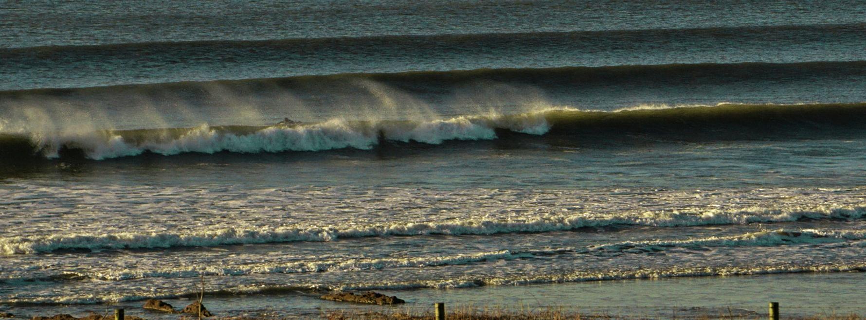 waves bodysurf handplane handplaning bodysurfing hardboard croyde uk surf