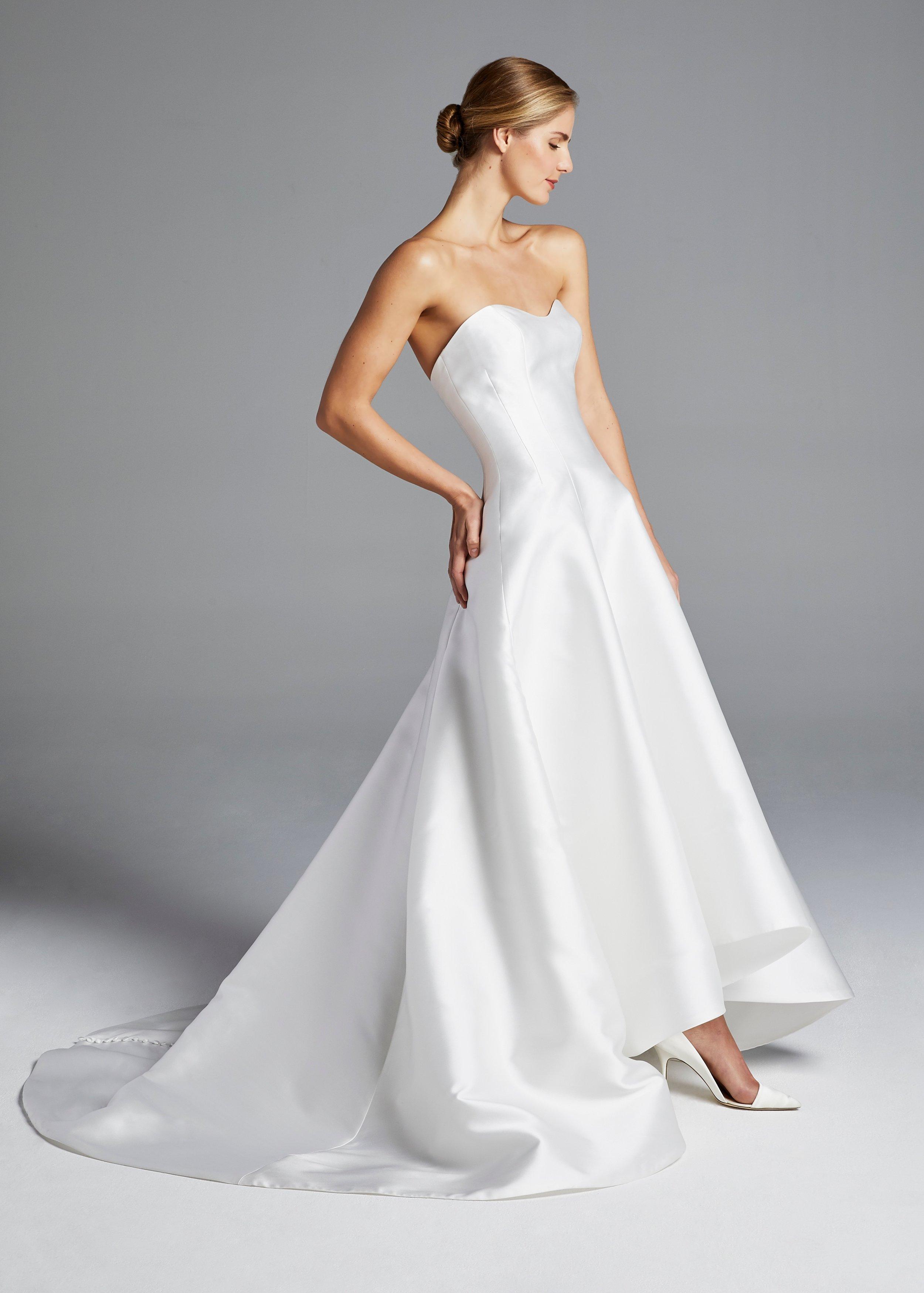 ANNE BARGE - SPRING 2019 - NEW YORK BRIDAL FASHION WEEK