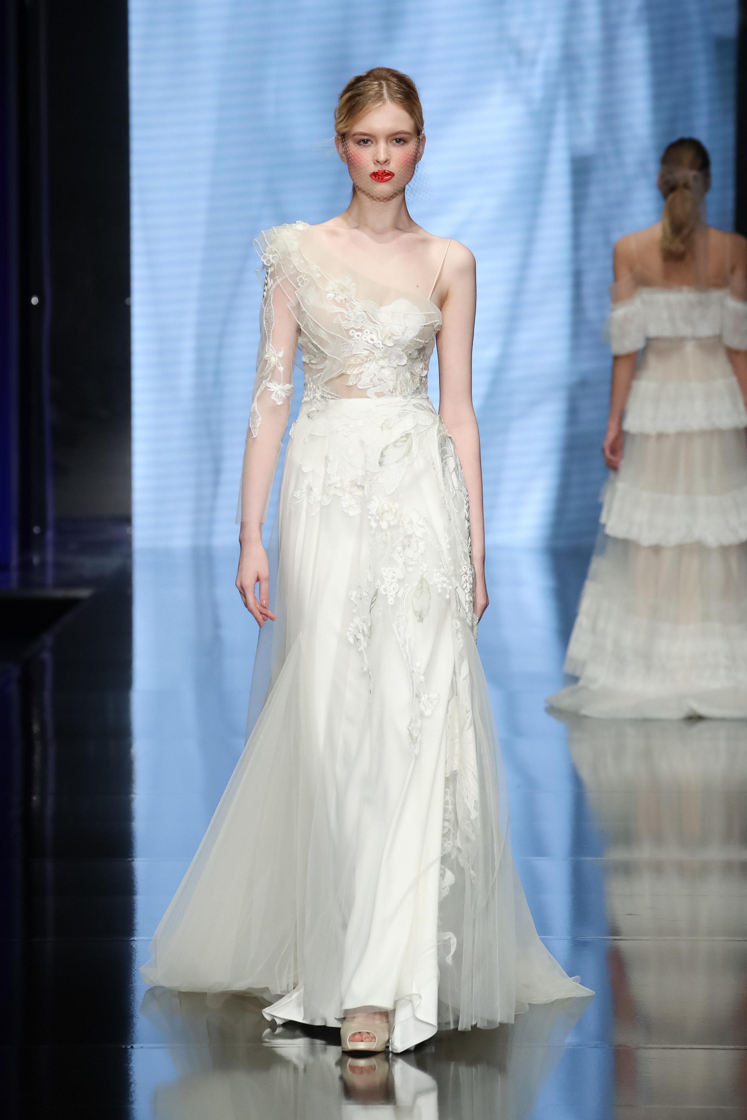 Designer: Papilio - Pasarela   Sì Sposaitalia Collezioni    Milano Bridal Week