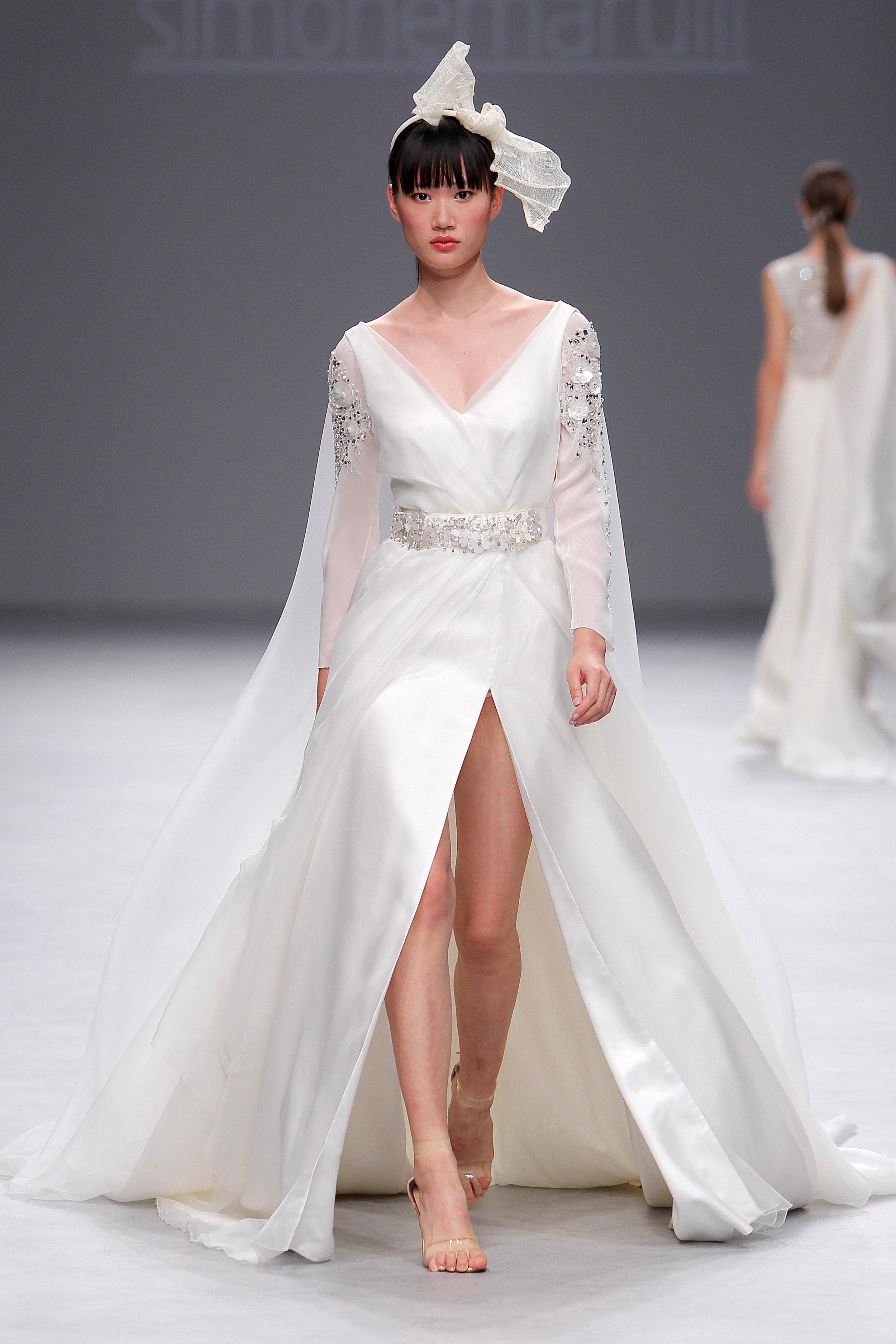 Diseñador: Simone Marulli - Pasarela:  Valmont Barcelona Bridal Fashion Week
