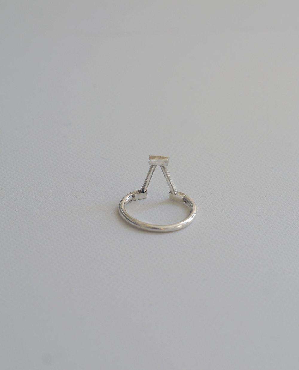 Spout Gable Ring