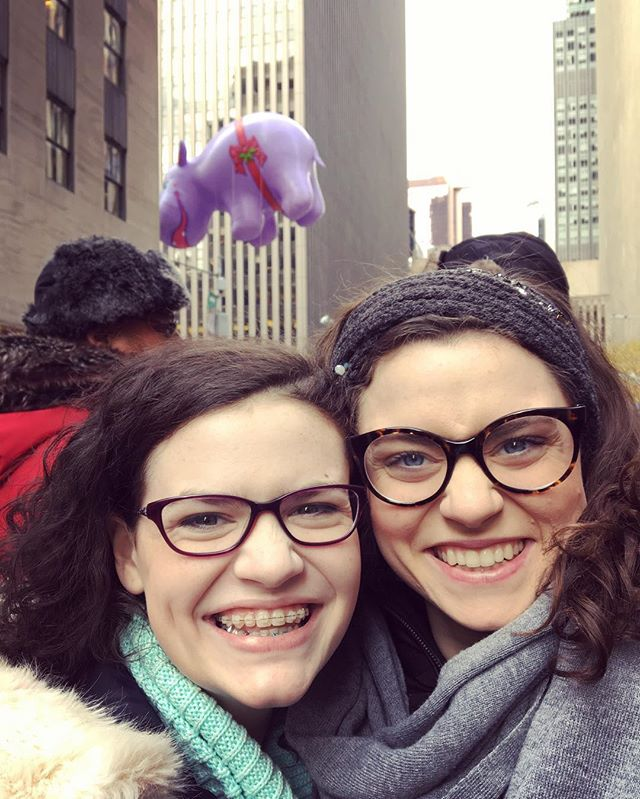 All smiles this Thanksgiving morning at the Macy's Thanksgiving Day Parade! #thanksgiving #happythanksgiving #family #sisters #thankful #macys #parade #macysthanksgivingdayparade #nyc #nyclife