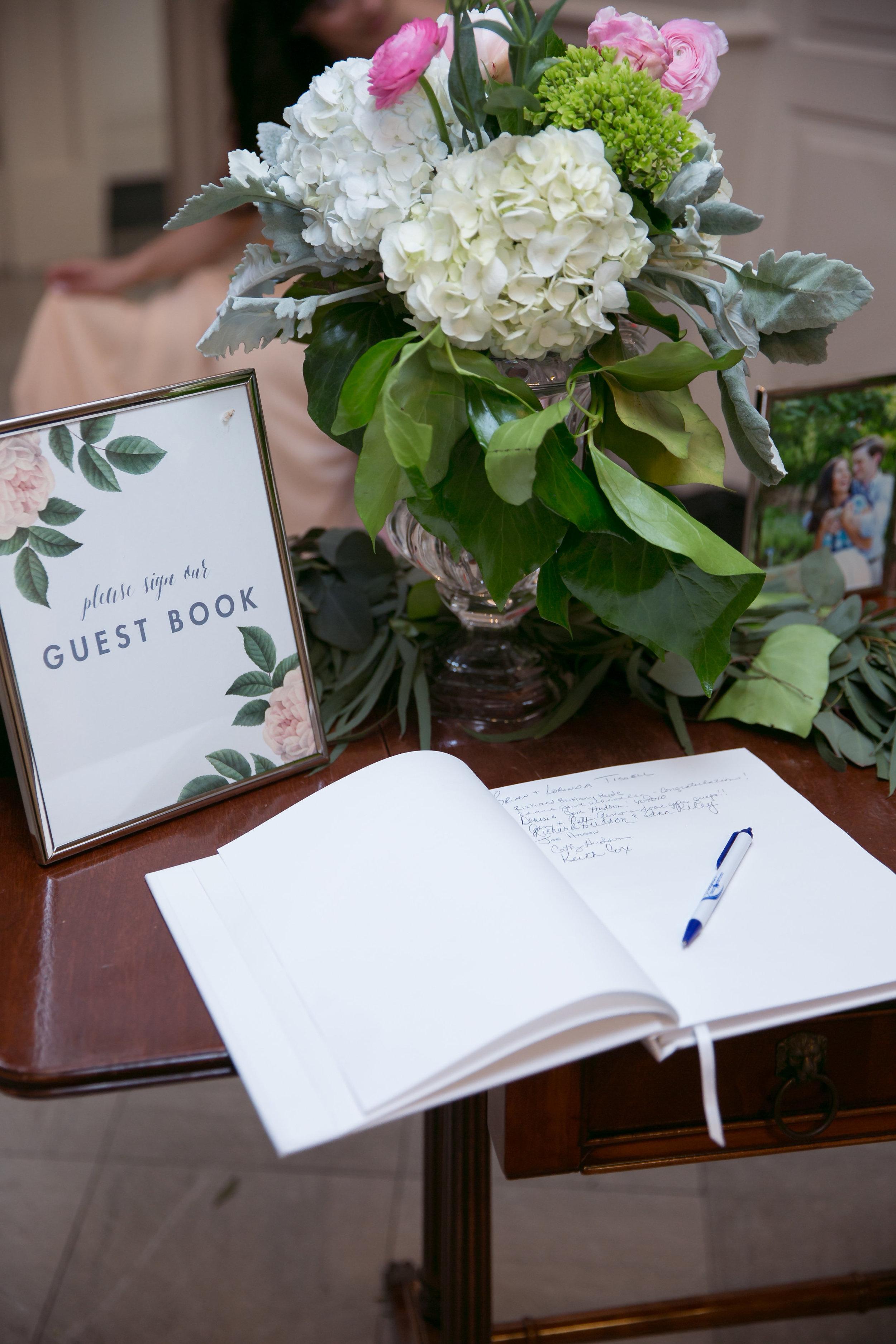 Natural Elegant Wedding at Artspace111 and Robert Carr Chapel