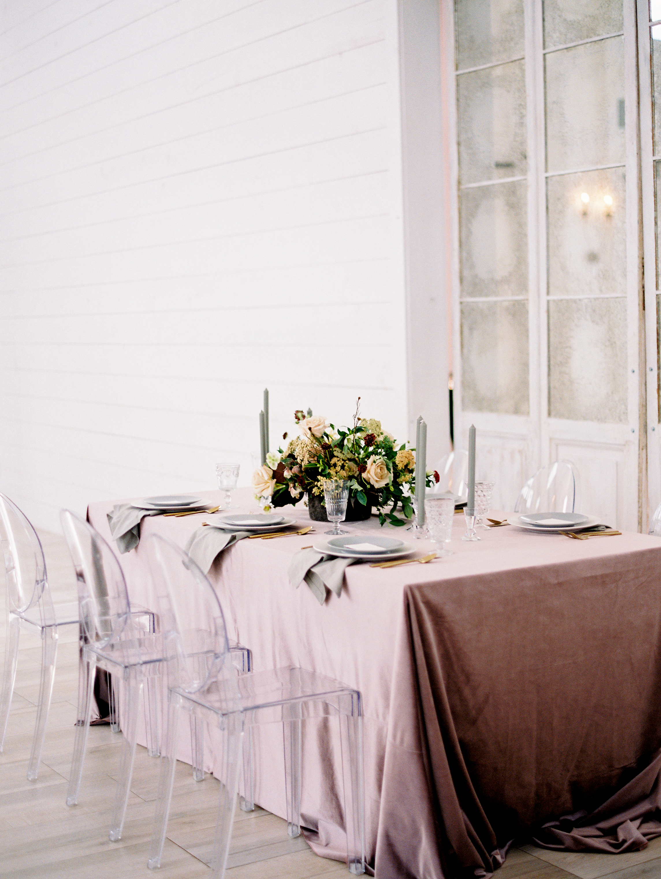 Velvet table linen at the Nest at Ruth Farms Wedding Planner Dallas Denton Fort Worth