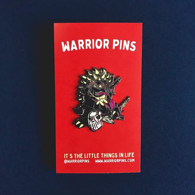 Got some new backing cards in 😎 Also, there are exactly 2 Slash pins left in shop 😮