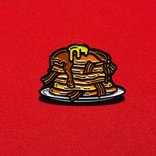 Happy National Pancake Day!! Who say's u can't have pancakes for dinner? 😋 #passthesyrup [pin by @fltodd ]