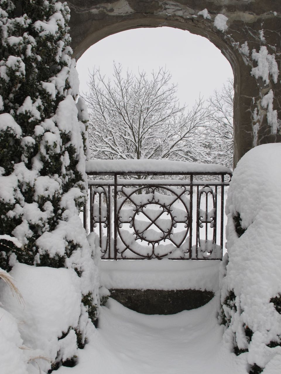 winter arch.jpg
