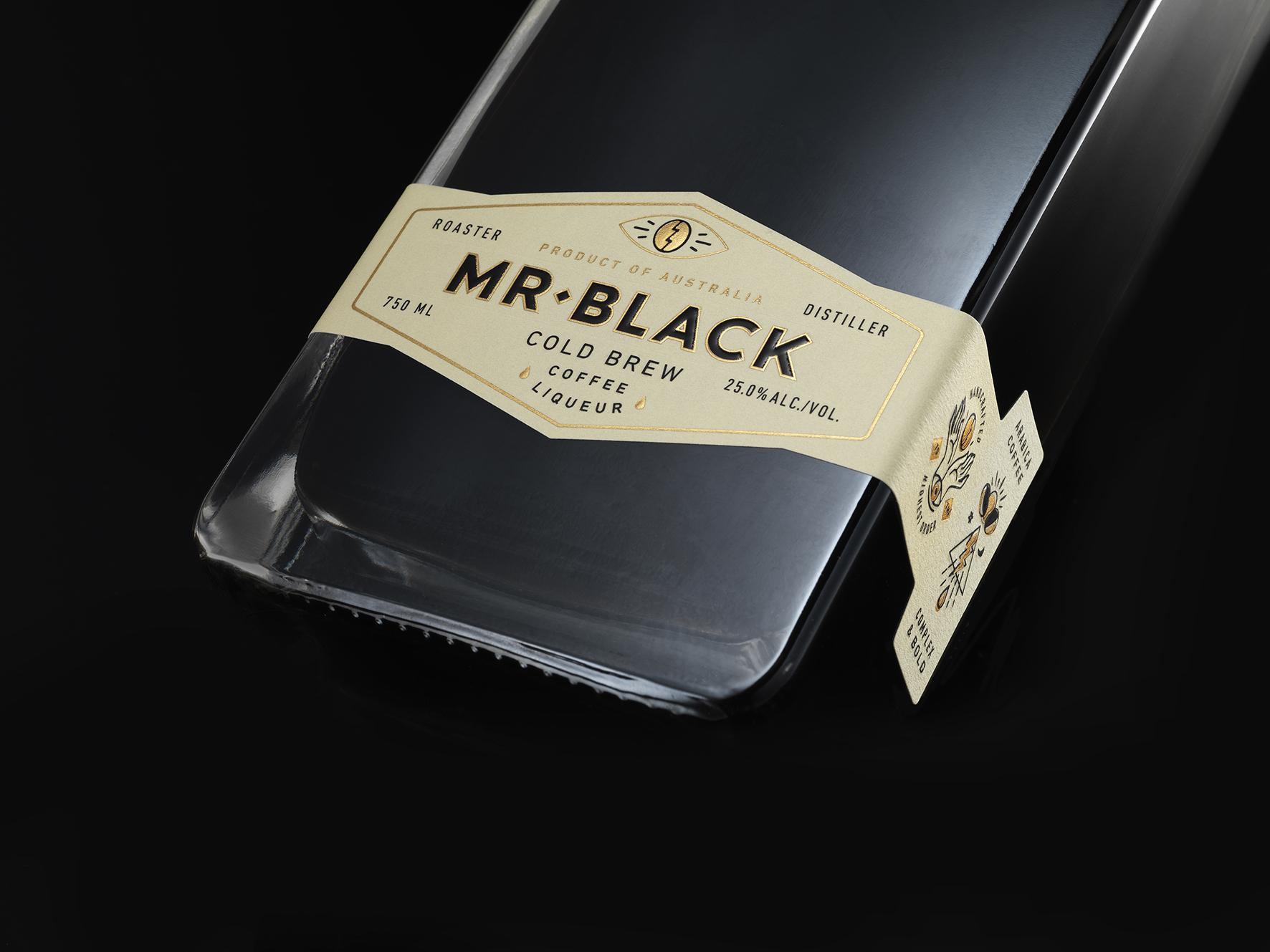 Mr Black Cold Brew Coffee Liqueur Detail 1 Low Res.jpg