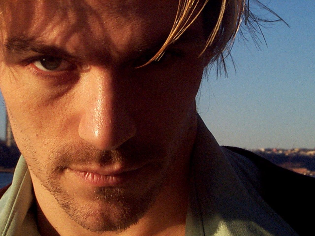 Jonathan Sharp, Los Angeles