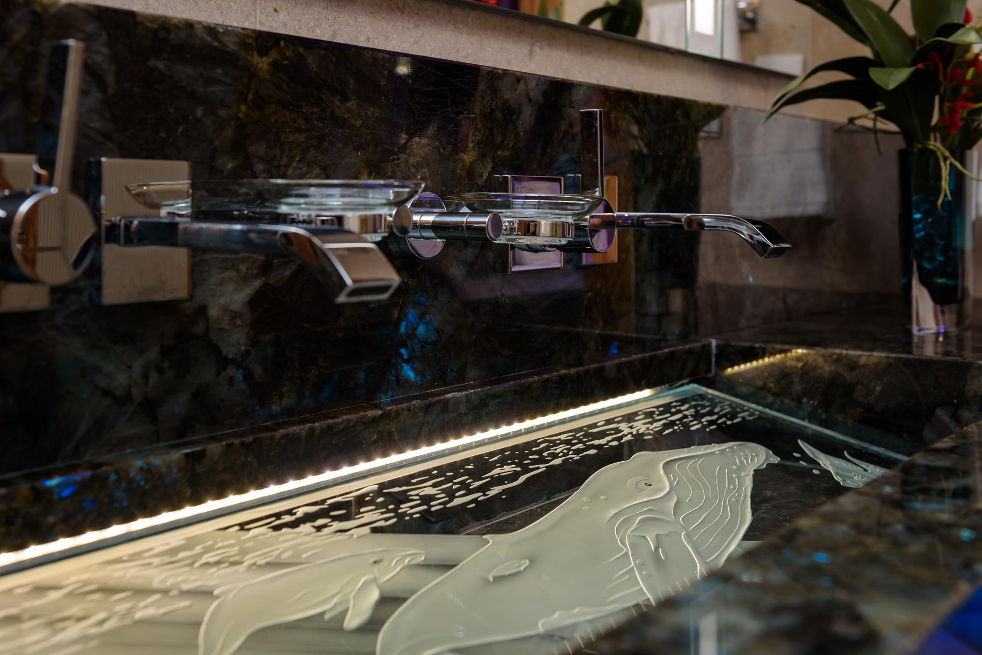 HalePauHanaD1-16AirBnB.jpg