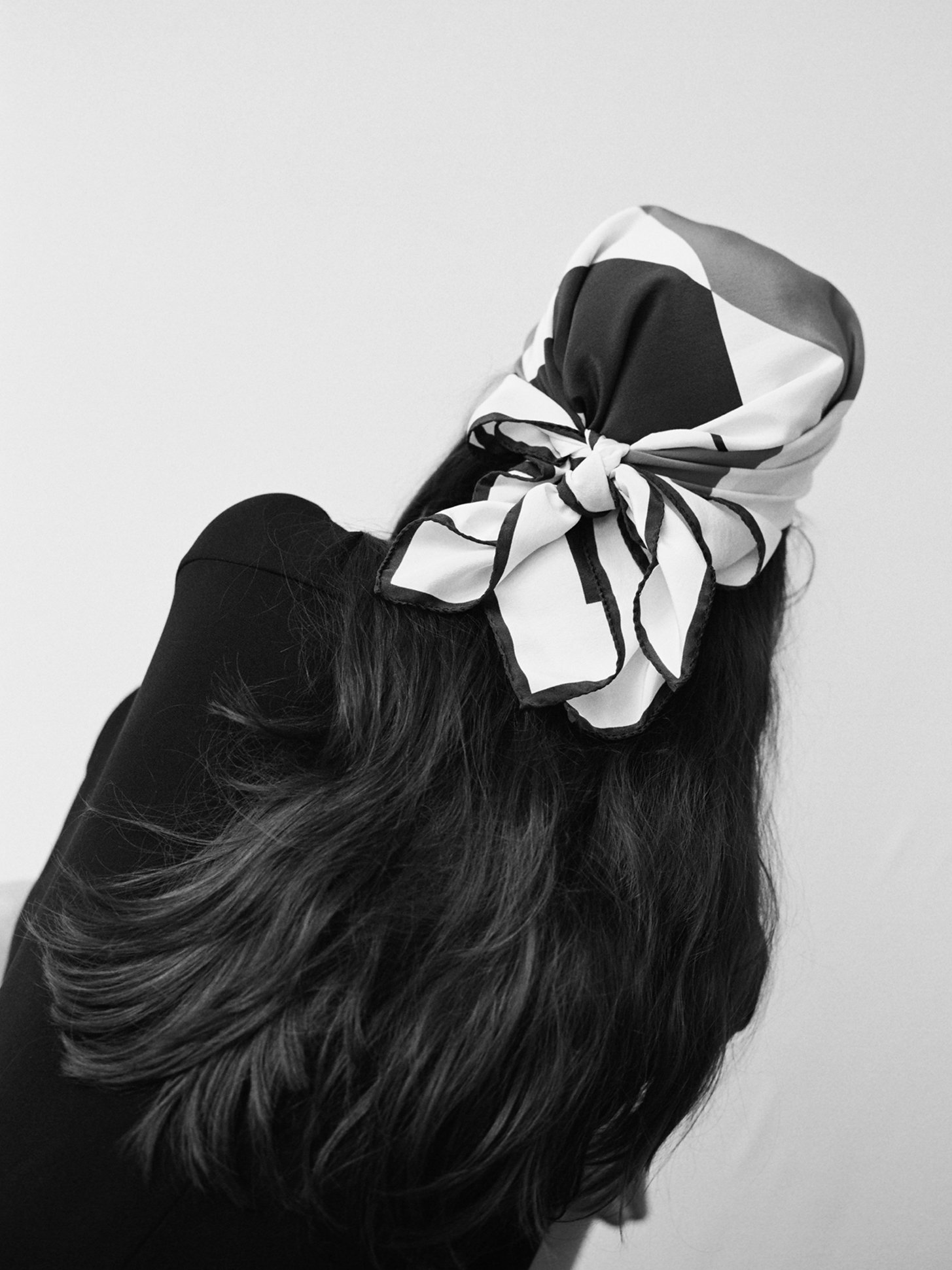 An elegant scarf for adding detail