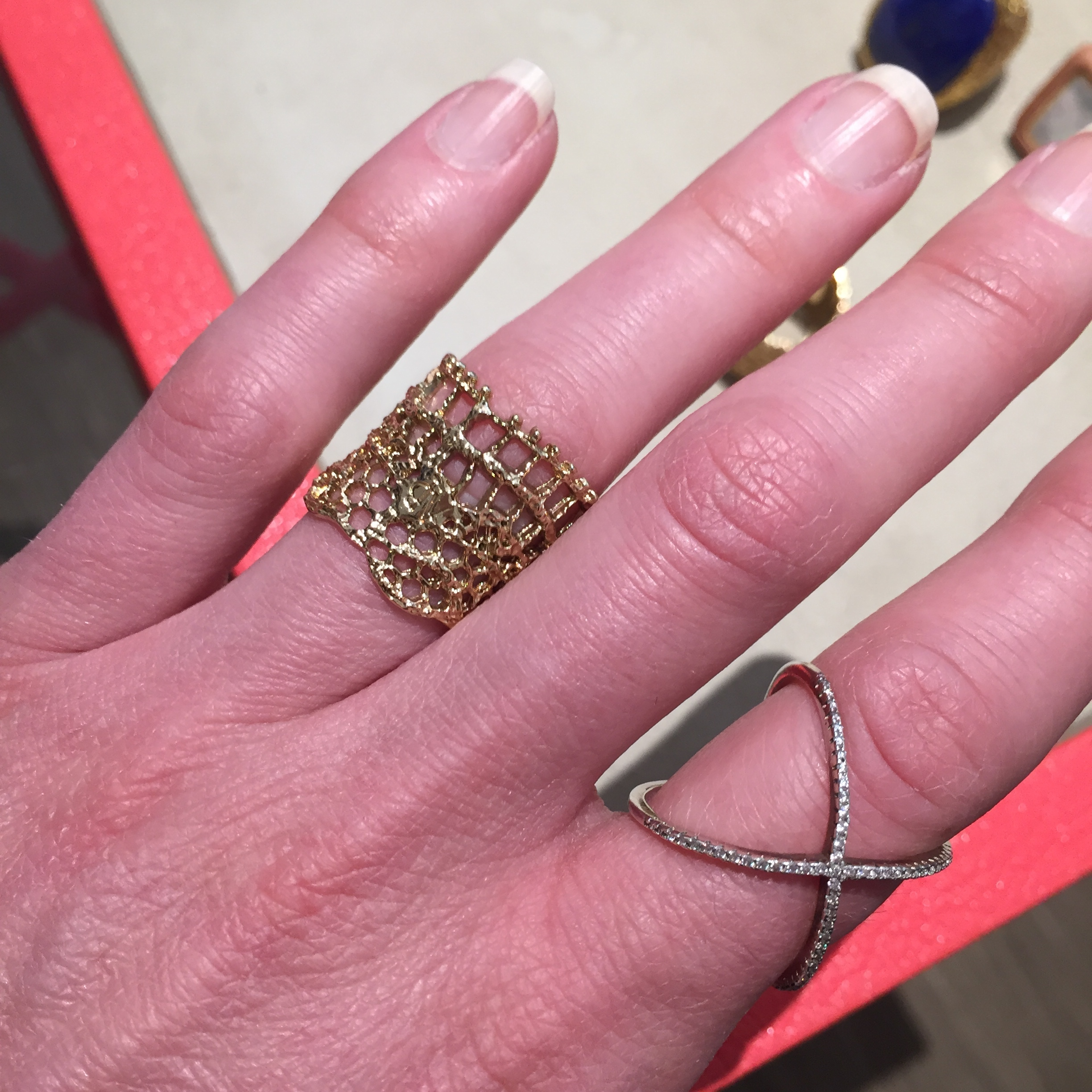 Vintage Lace Ring in Gold
