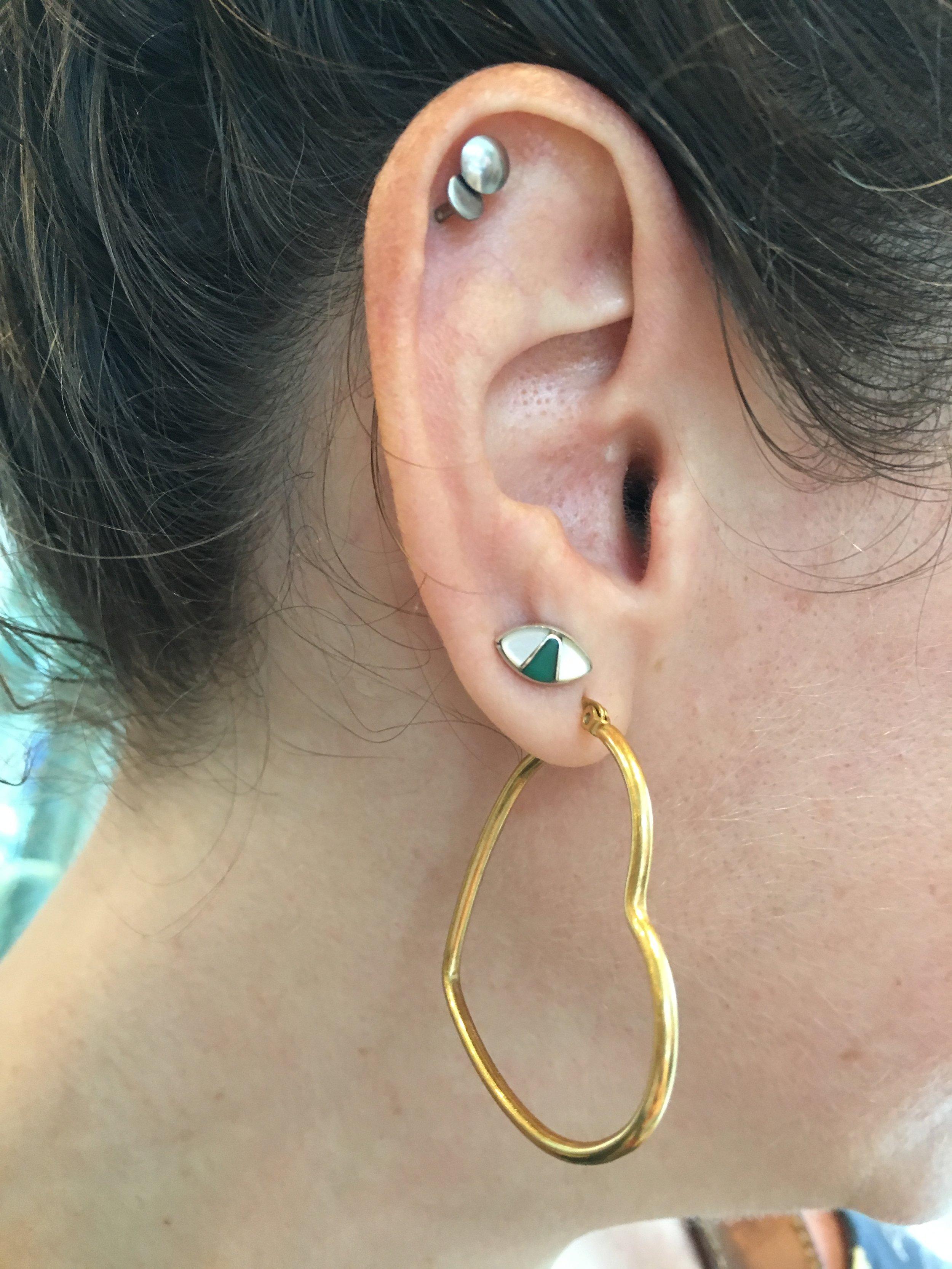 heart earring: awoke vintage