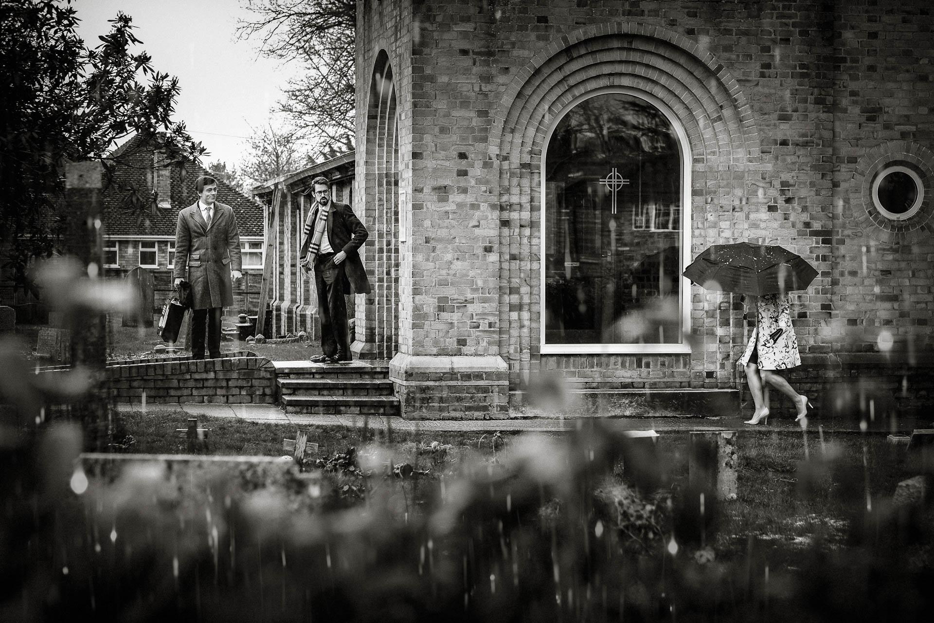 Rainy-day-church-uk-wedding