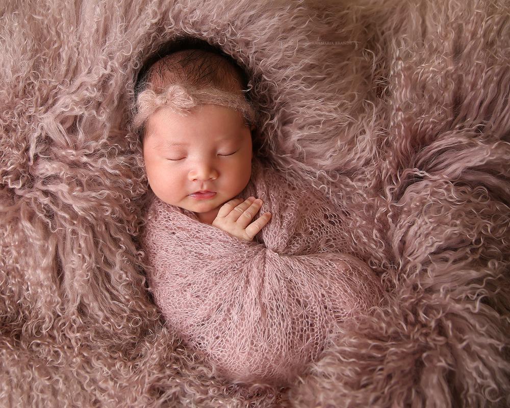 newborn-baby-posing-photography-tutorial-podcast