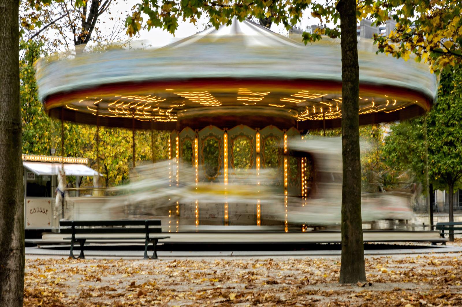 slow shutter carousel in paris