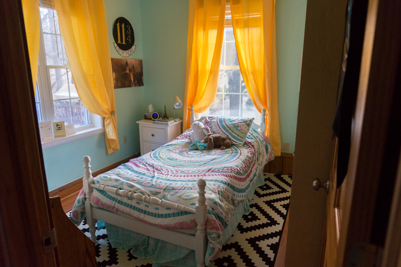 Alanna's Bedroom Makeover 12.29.17-4.jpg