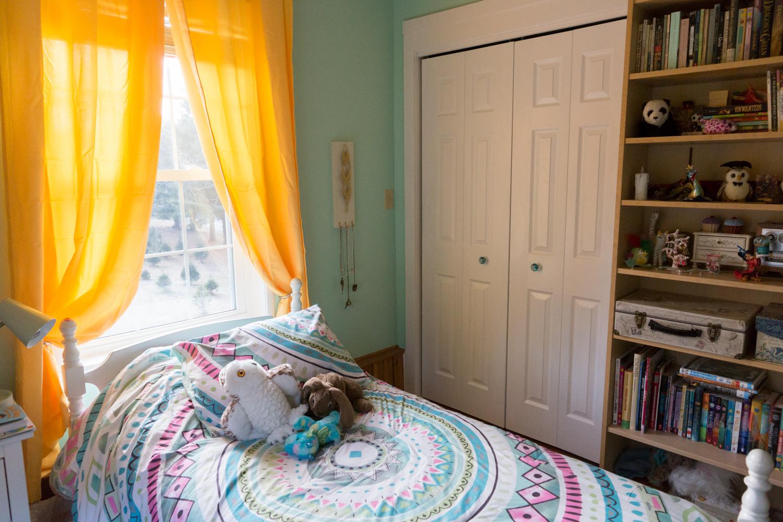 Alanna's Bedroom Makeover 12.29.17-5.jpg