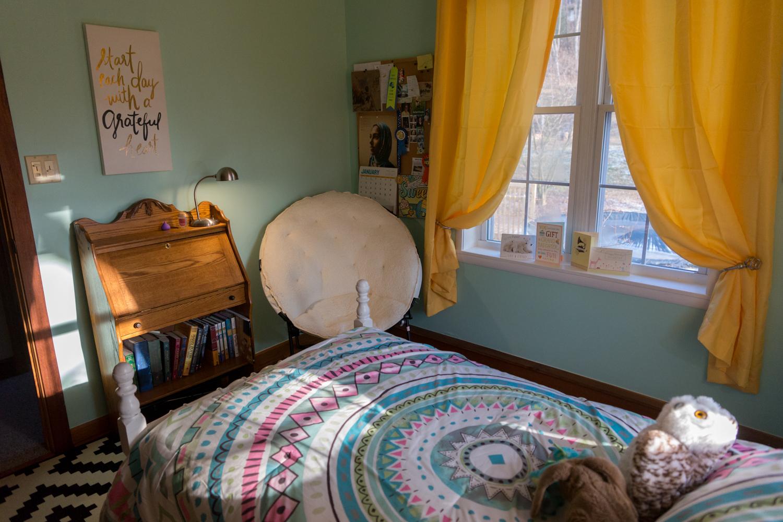 Alanna's Bedroom Makeover 12.29.17-9.jpg