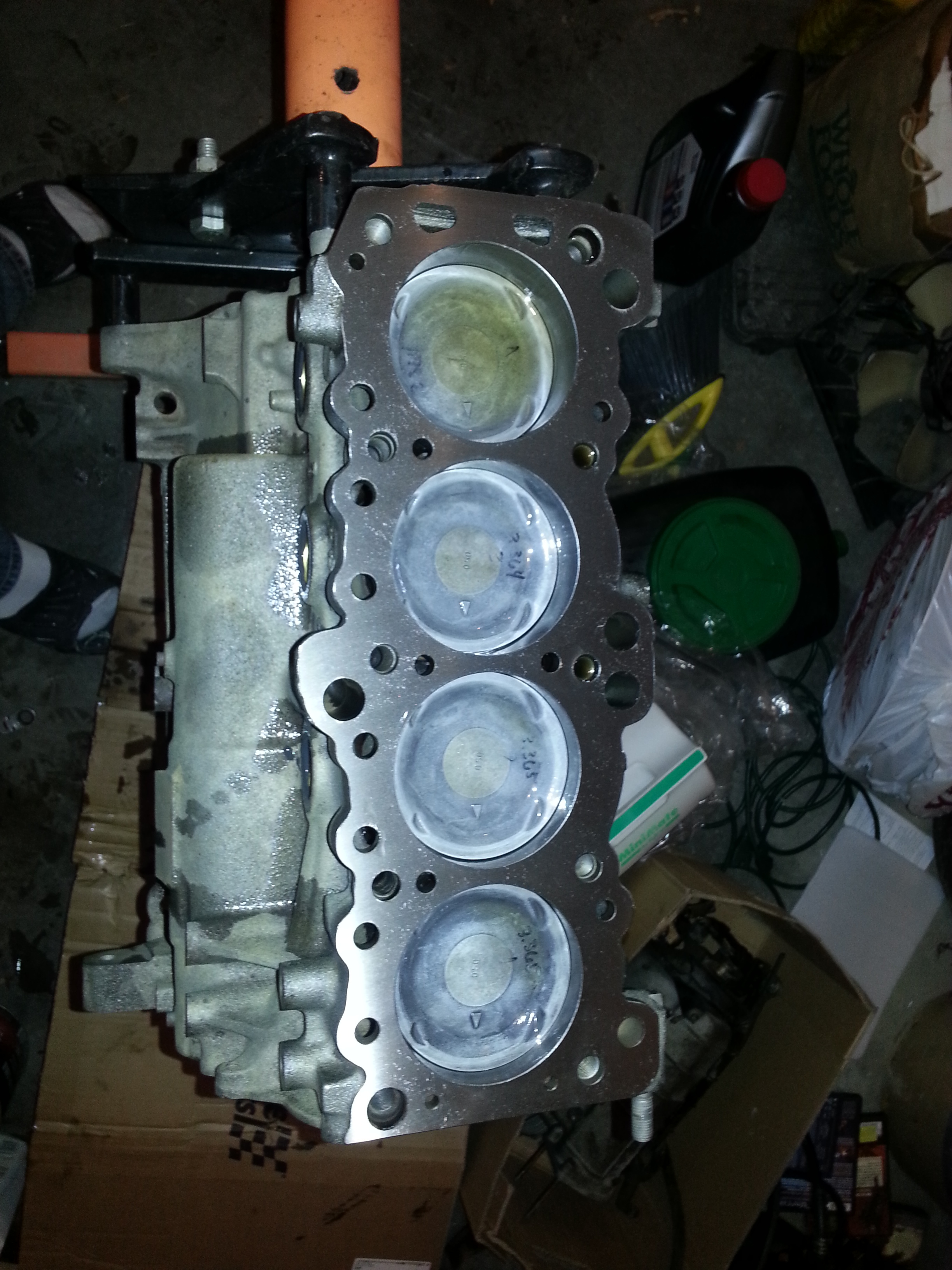 Top view 4g63 6 bolt short block