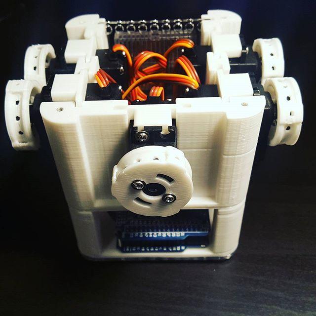 When old friends meet again.  #3dprintedhand #3dprinting  #robothands #robothand #biomech #biomechanical #kickstarter #crowdfunding #hobbyist #hobby #arduino #technology #prosthetics #prostheticleg #biomedicalengineering #technology #prosthetic #prostheses #cyborg #startup #iowa #cnc #friends