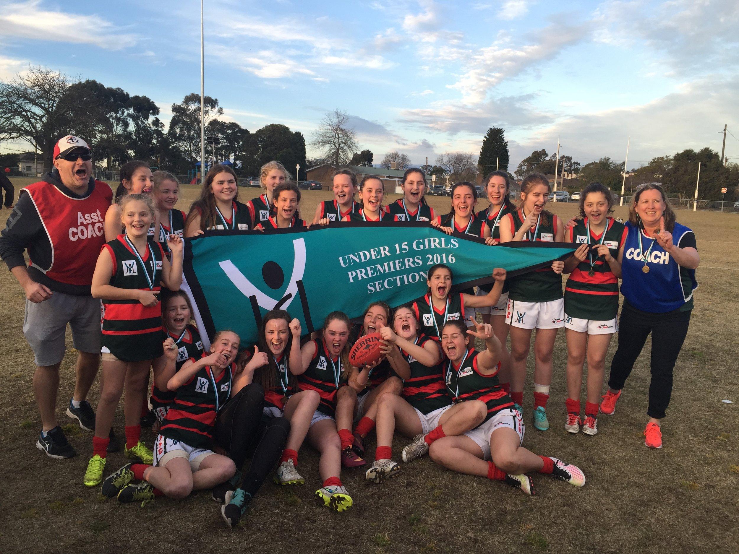 U15 Girls Green  Coach: Kim Ledder Under 15 Division 3 Premiers