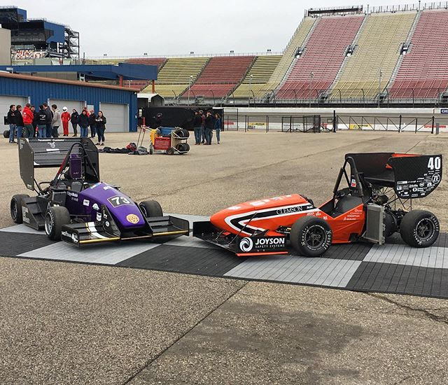 #tbt to FSAE Michigan, some fierce competition, and chilling with the crew 🤘Looking forward to testing with y'all soon 😈 . . . #fsae #formulastudent #motorsport #competition #clemson #tigers #racing #speed #allin #engineering #40 #michigan #yeetorbeyeeten