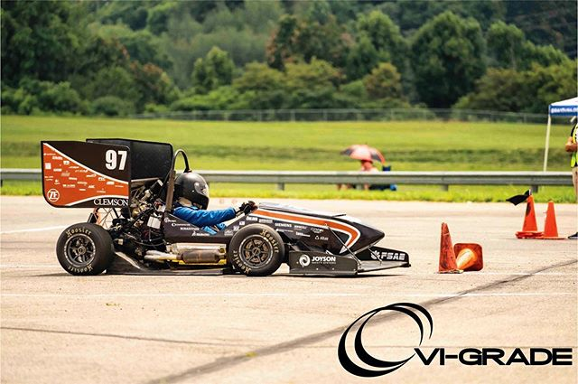 We are very exited to continue our partnership with VI-Grade for the 2019-2020 season! Their software has been instrumental in our design and development process. Thank you again for all the help and assistance over the past year. We're very much looking forward to this upcoming season! Also be sure to check out their 2019 Virtual Formula competition here: https://virtualformula.vi-grade.com/ . . . #fsae #formulastudent #sponsorship #motorsport #competition #development #clemson #tigers #racing #speed #allin #engineering #40 #simulation