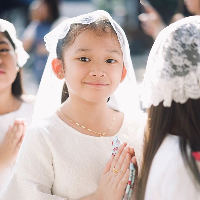 Congratulations to this year's batch of young students for receiving their first Holy Communion. Seeing more young boys and girls receiving the Holy Eucharist for the very first time gives us great joy because it is considered one of the most essential and most holy occasions of a Catholic's life. ======================== #sfamsc #stfranciscainta #cainta #holycommunion #firstholycommunion #holycommuniondress #holyeucharist #catholickids #catholickid #bodyofchrist #catholics