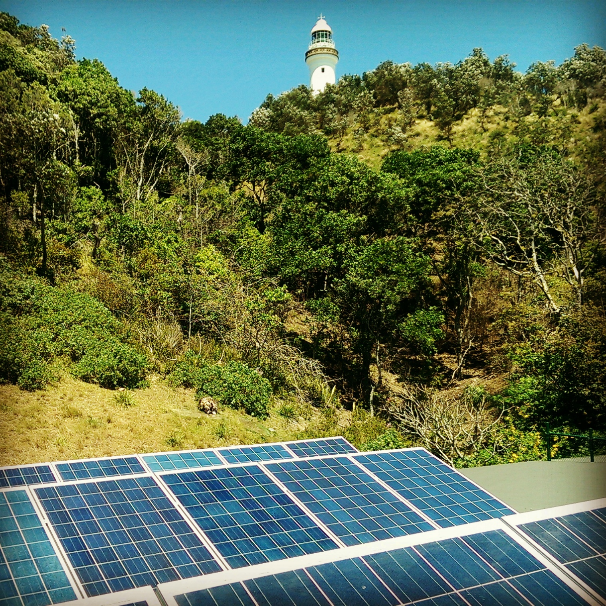 The most easterly solar system in Australia.   This 5kW residential system resides at Brownell Drive, Byron Bay. A 22 degree tilted frame was fitted, facing a northerly aspect, to maximise the sunshine's rays. You can see this system in all its glory when surfing Wategoes.