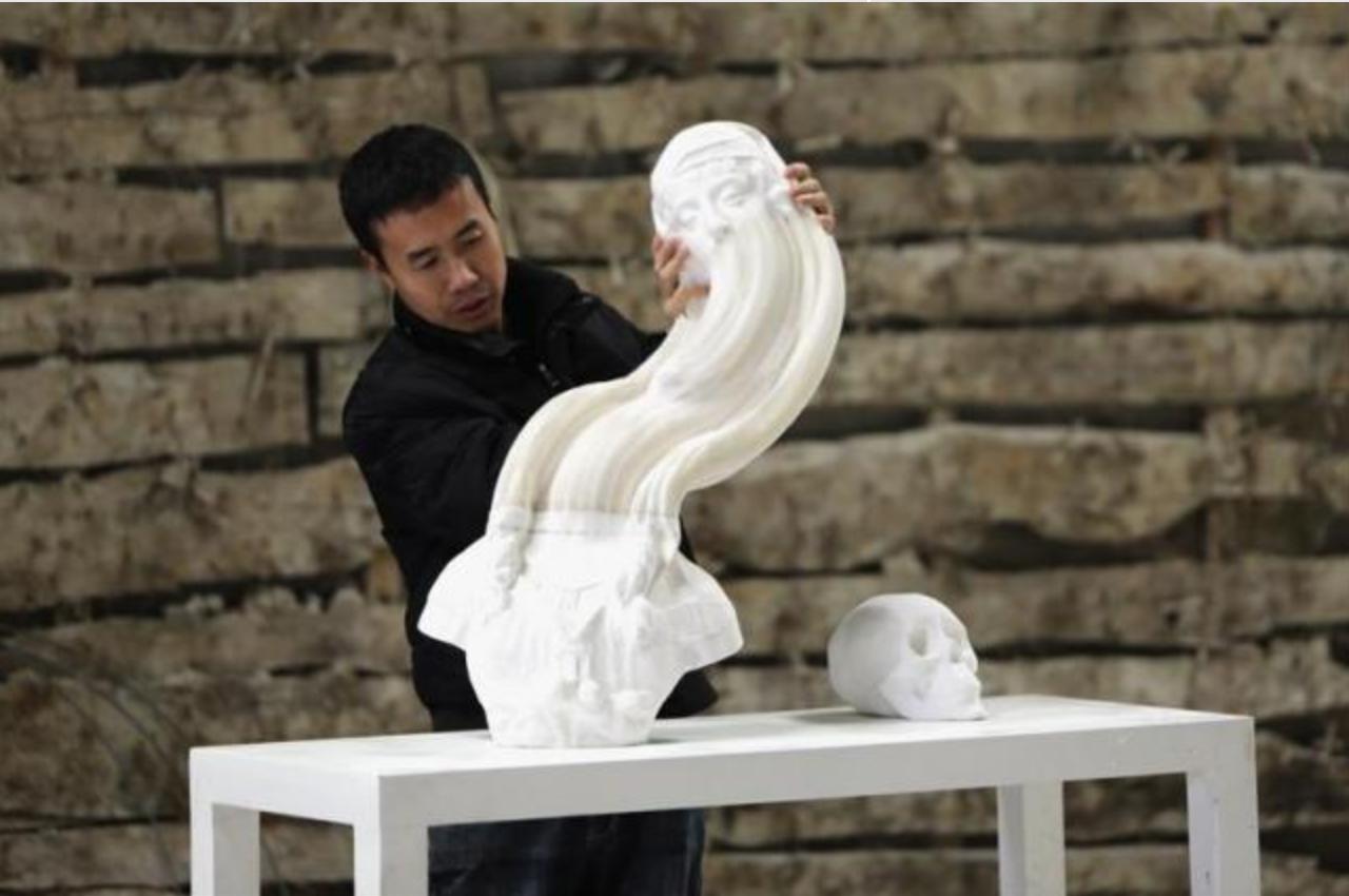 Paper Sculptures Stretch the Imagination