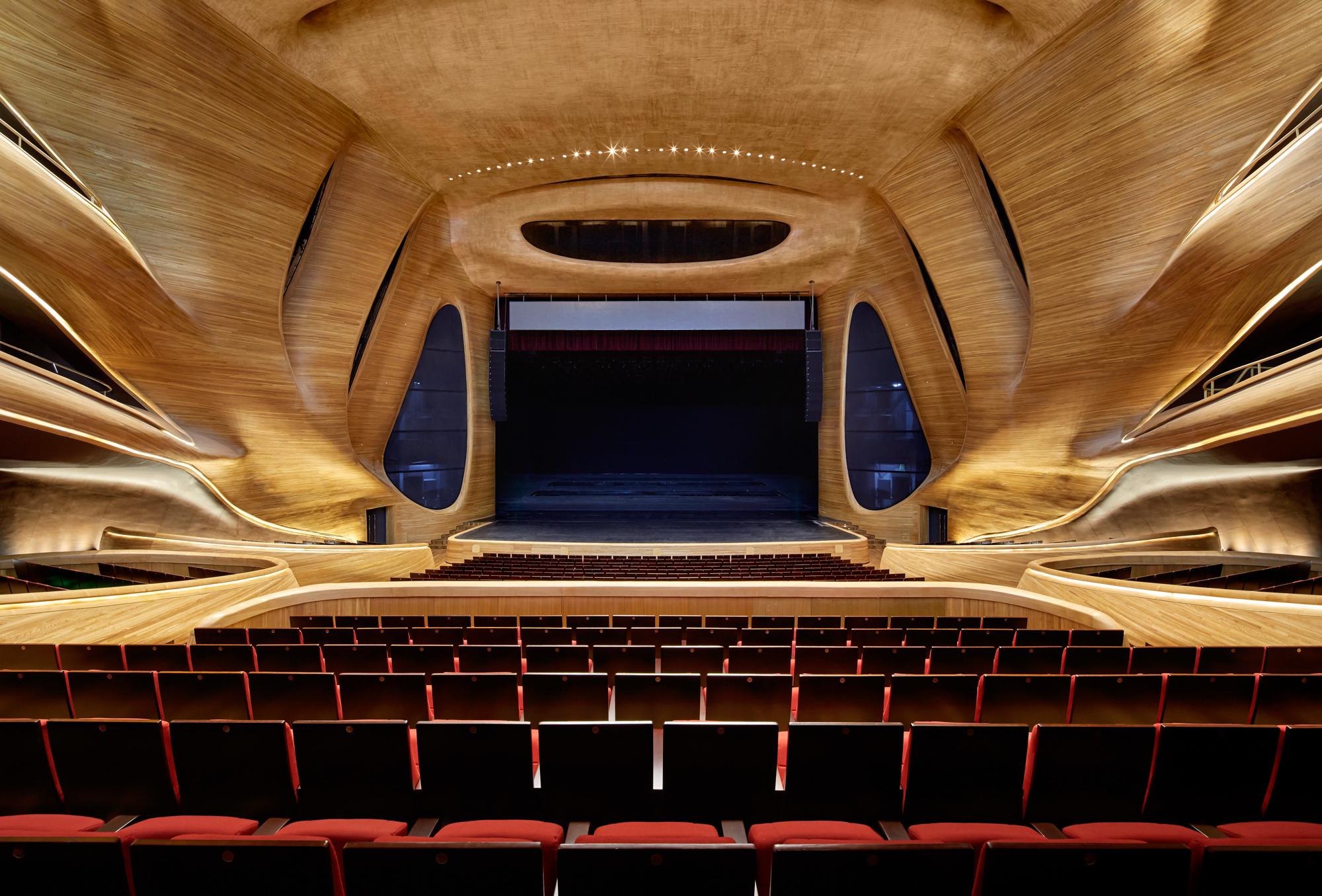 MAD_Harbin_Opera_House_020_©Hufton_Crow.jpg