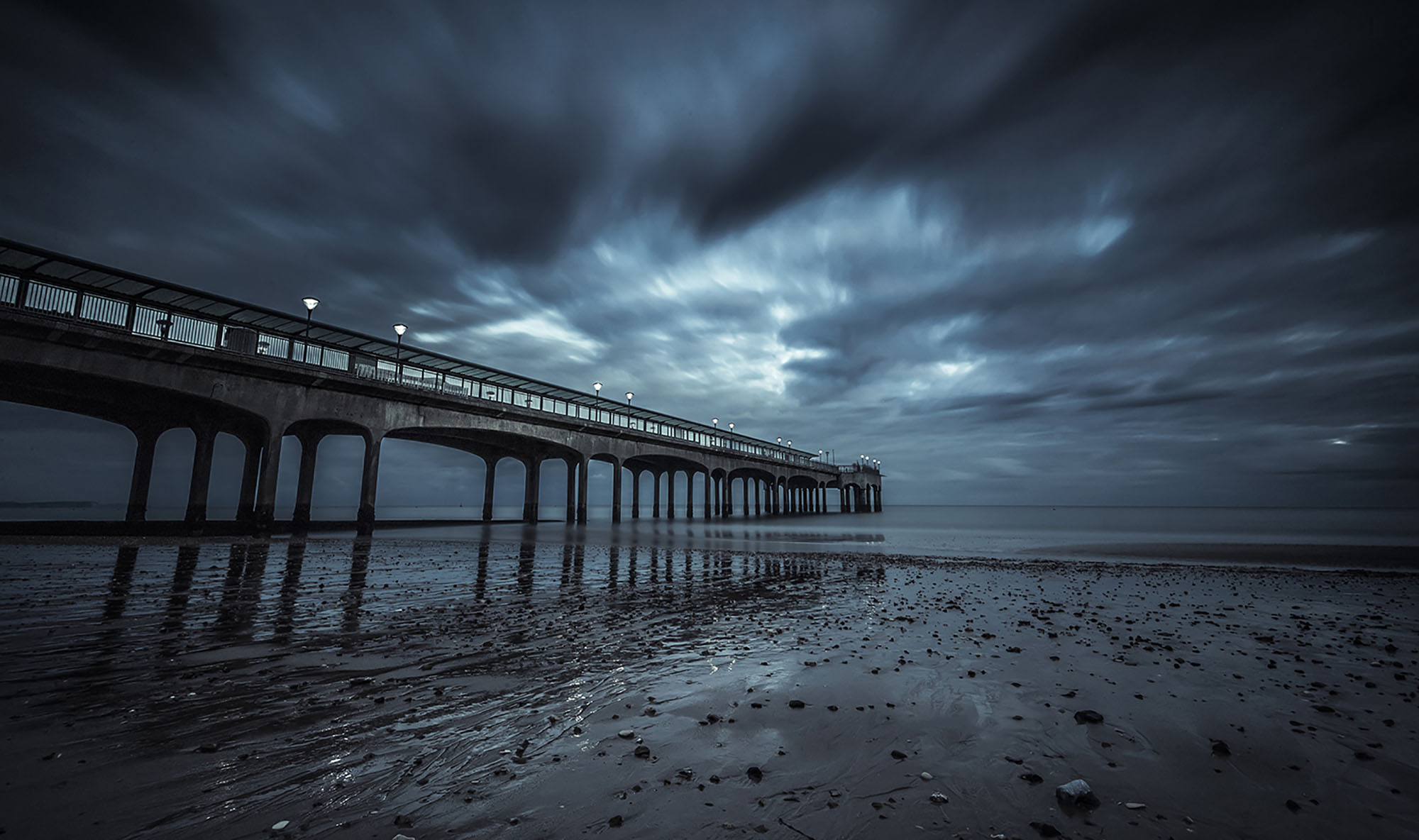 Moody Blues at Boscombe Pier.jpg