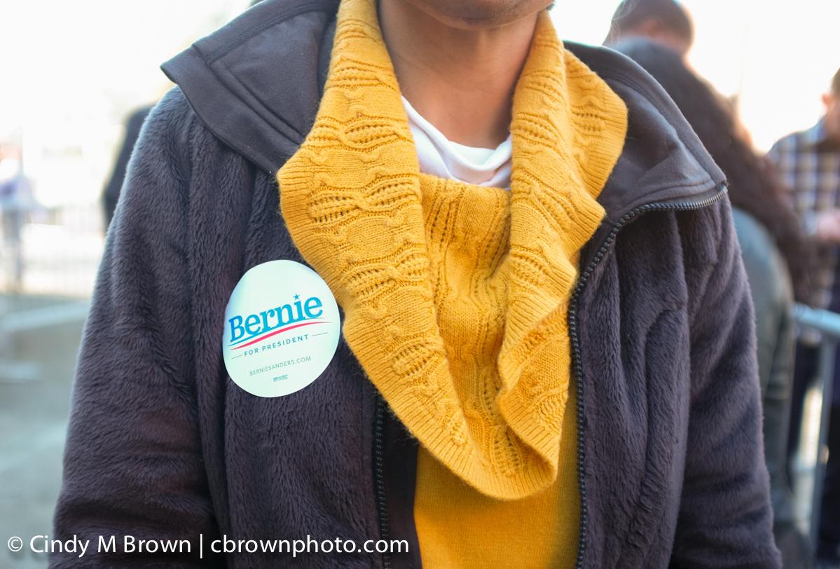 DO20160216-Bernie-Buttons1004.jpg