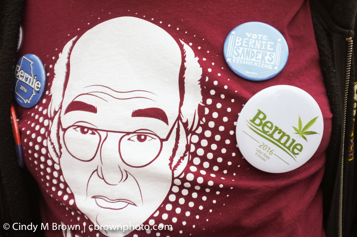 DO20160216-Bernie-Buttons1017.jpg