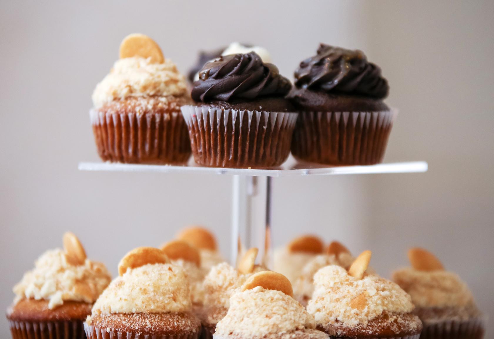 Dekalb History Center wedding cupcakes