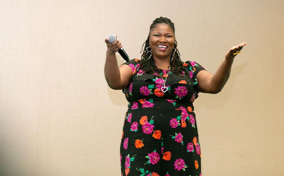 Tahsa LaRae, singer
