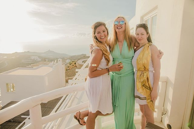 Flashback to sunnier days, in Mykonos last summer, greek goddesses captured in our hilltop villa on our favourite Greek Island by @freyaugust #gtwknds . . . . #mykonos #greece #greekislands #mykonosisland #greekisland #visitgreece #eurosummer #mykonosvilla #mykonosluxury #letsgosomewhere #tasteintravel #pursuepretty #guardiantravelsnaps #livetravelchannel #traveltheworld #traveladdict #postcardsfromtheworld #travelandlife #athomeintheworld #travelpics #travelstoke  #tasteintravel #bbctravel #tlpicks #lonelyplanet #travelawesome #doyoutravel #mykonoslife #summerflashback