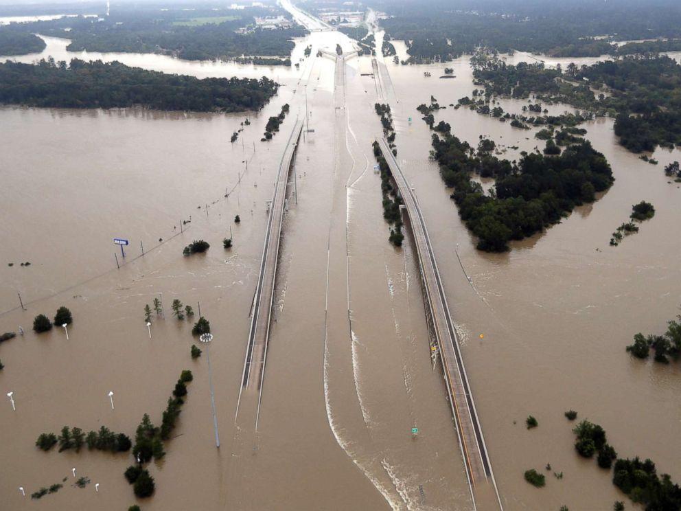 hurricane-harvey-01-ap-mt-170829_4x3_992.jpg