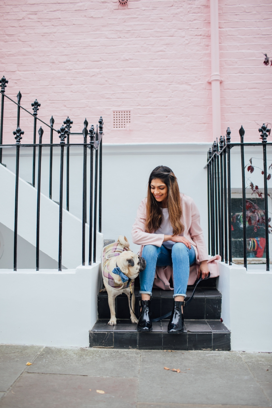 dogblog-london-bestdogbloginlondon-dogfashion-dogfashionblog-fashionandlifestyle-streetstyle-pugswag-humanandhound-pink-fallfashion-falltrends-dogsinclothes-dapperdogs-pug-puglife-bestdressedpug-fashionblogger-newyork-uk-pinkwintercoat-puglife-twinning-bestdressedpug-awesome-best-bestdogbloglondon-dogfashionlondon-coolestdogblog-cooldogs-vintagecar-mint -topdogbloglondon-bestdogblog